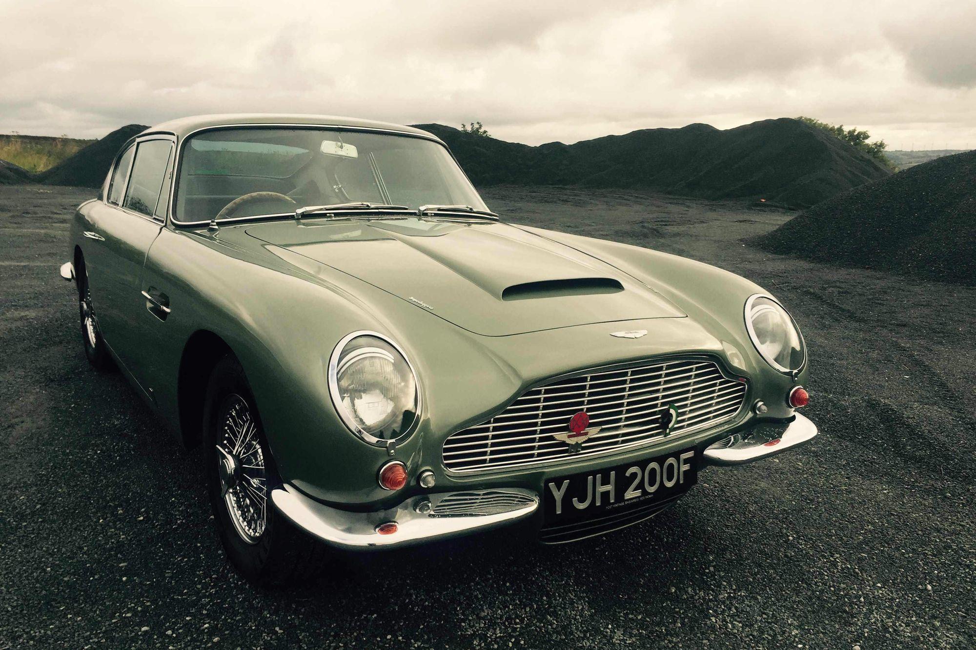 Aston Martin DB Vantage Adrian Johnson - 1967 aston martin